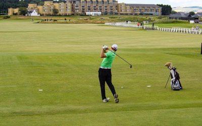Quelles sont les clés pour bien jouer au golf ?