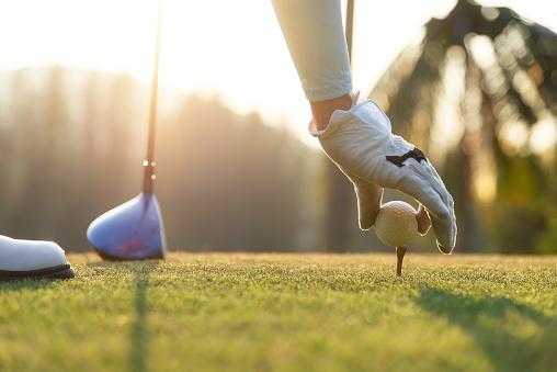 Est-il nécessaire de suivre un cours de golf?